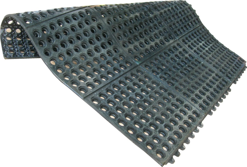 Rubber Matting - Interlocking Drainage Mat