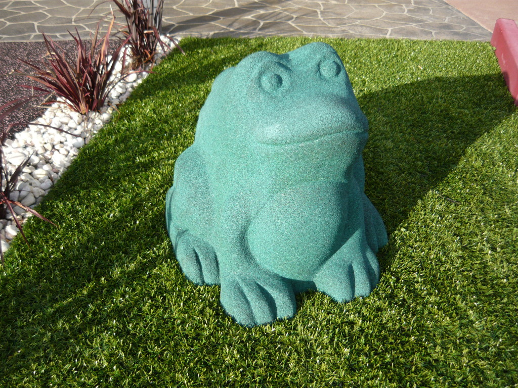 Rubber Frog for Playgrounds